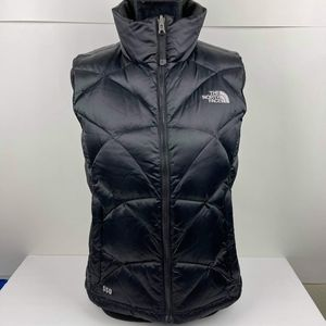The north face Women's Goose Down 550 Black Sweater Smaller Vest Puffer Jacket